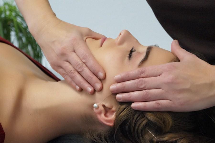 Physios - CMD-Kiefergelenktherapie